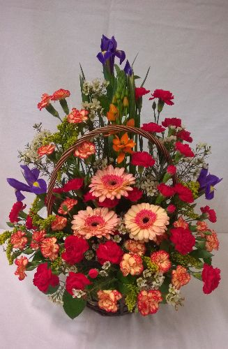 Front Facing fresh flowerbasket