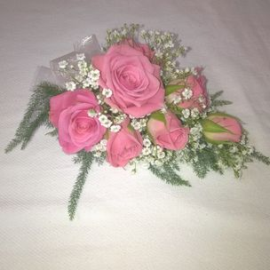 Ladies Spray Rose & Gyp Flower Corsage