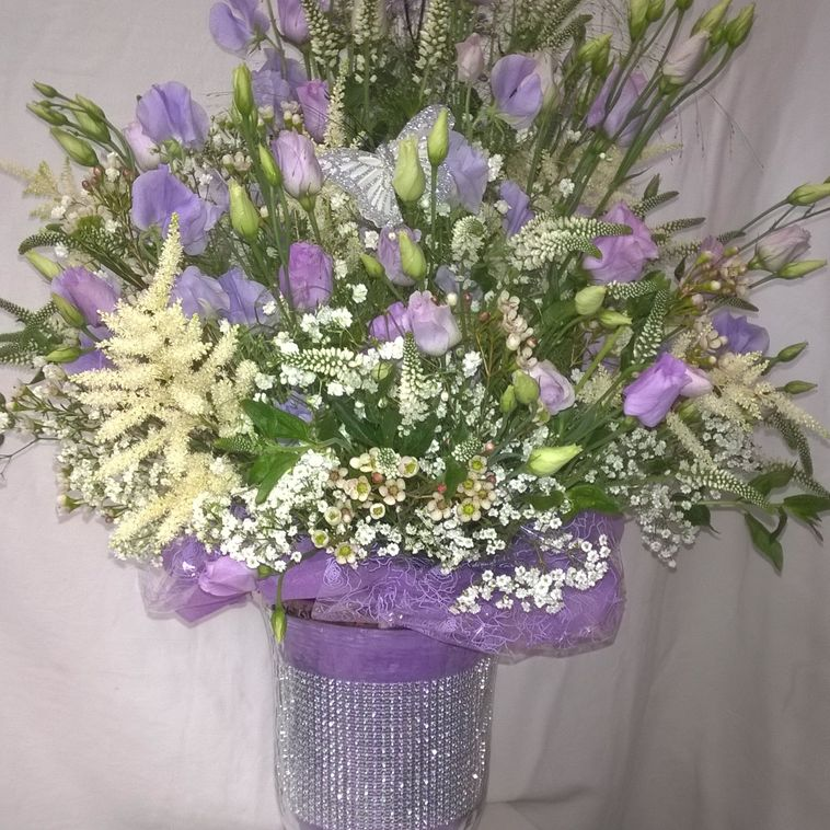 Lavender & White Table display