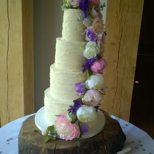 Wedding Cake Silk flowers